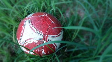 Fußball, kritisches Denken und scheißen für denSieg!