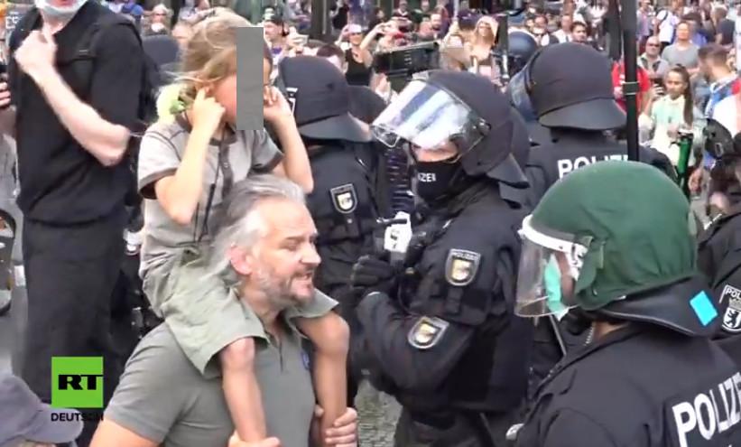 Rolf Kron, Corona-Demo Berlin 29.08.2020